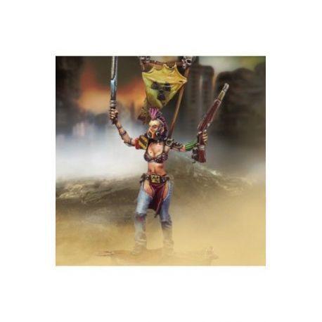 Female Chief (Rifle, Medium blade and Biohazard protection)
