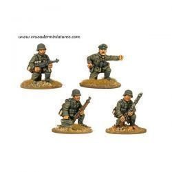 German Command & MG34 Team kneeling (4 figs)