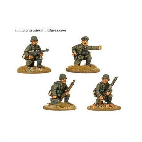 German Command & MG34 Team kneeling (4 figs)