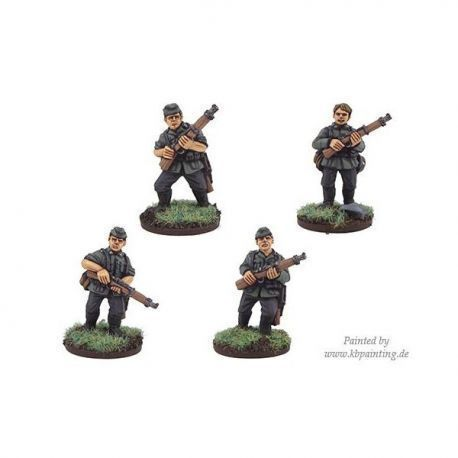 German Riflemen in side caps (4)